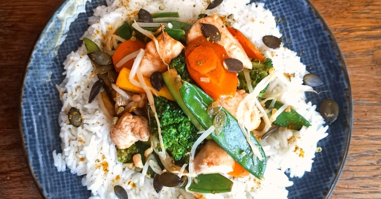 Shop Suey de légumes et poulet passion thaï, bourgeons d'origan
